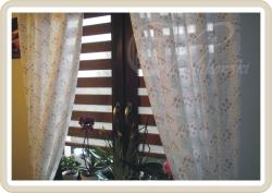 rolety dzie� noc w kasecie drewnopodobnej orzech, kolor tkaniny DN02